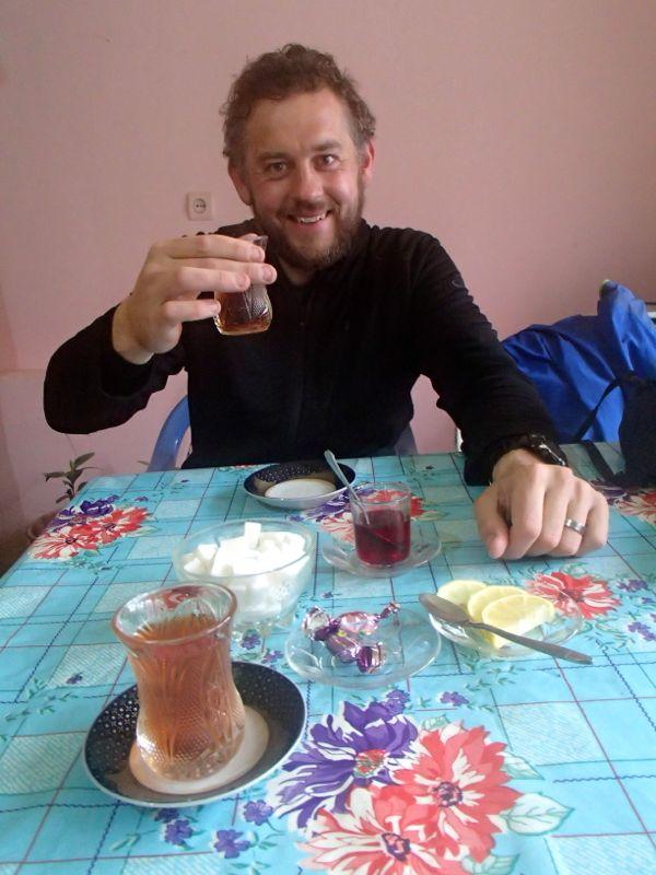 More çay