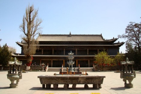 The 11th century building that houses the giant reclining Buddha of Zhangye.