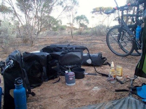 Cooking setup on the Nullarbor