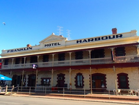 The Franklin Harbour Hotel. The centre of Cowell's universe; and rightly so!