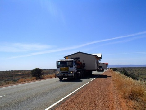 Welcome back to the Eyre Highway!