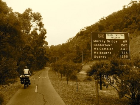 The long hard slog up and out of Adelaide is NOT to be underestimated. Some of the toughest cycling we experienced.