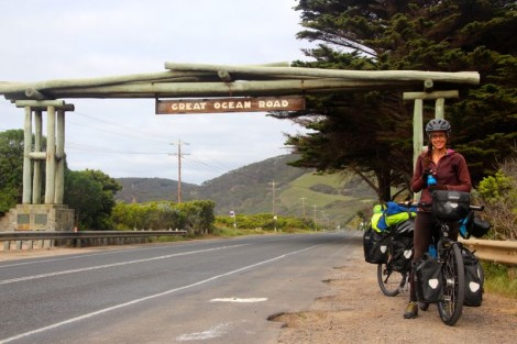 The beginning/end of the Great Ocean Road.